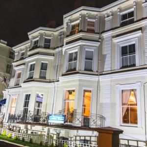 Hotel Pictures: The Carlton Hotel, Folkestone