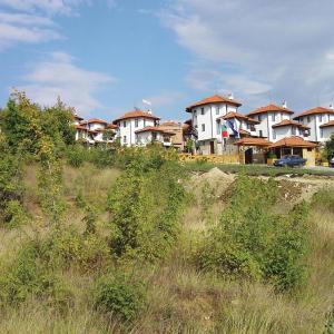 Fotos do Hotel: Apartment Kosharitsa Village Bay View Villas IX, Kosharitsa