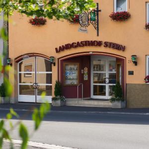 Hotel Pictures: Landgasthof Zum Stern, Hammelburg- Obererthal