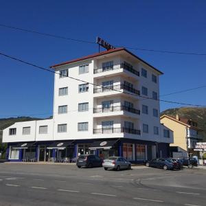 Hotel Pictures: Pension Santos, Vimianzo