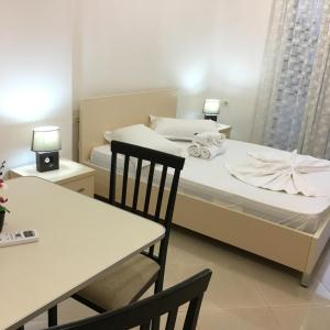 Fotografie hotelů: Apartments Adrea, Sarandë