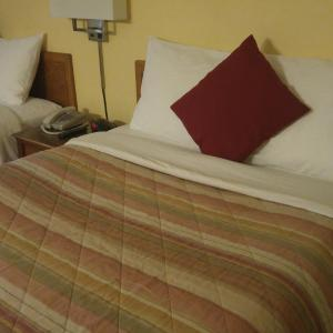 Hotel Pictures: Robber's Roost Motel, New Hazelton