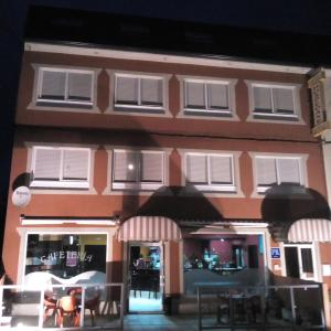 Hotel Pictures: Hospedaxe-Cafeteria Don Manuel, O Vicedo