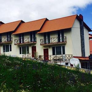 Hotellikuvia: Cottage 4 seasonz, Bakurianis Andeziti