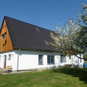 Hotel Pictures: Ferienhaus Villa Apfelbaum, Krien