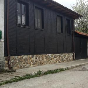 Hotel Pictures: Guest House Pri Patrika, Kipilovo