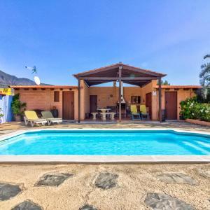Hotel Pictures: Villa Trevina, La Hidalga