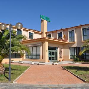 Hotel Pictures: Hotel Alonso de Monroy, Belvis de Monroy