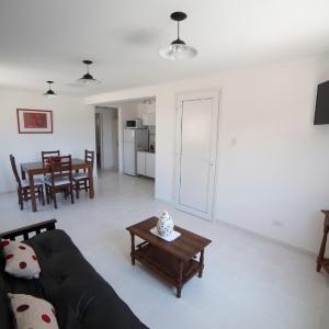 Hotel Pictures: Aparthotel Aldea Termal, Copahue