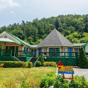 Zdjęcia hotelu: Charm Pension, Gapyeong