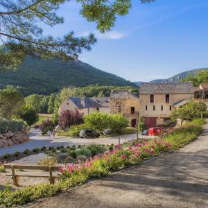 Hotel Pictures: RCN Val de Cantobre, Cantobre