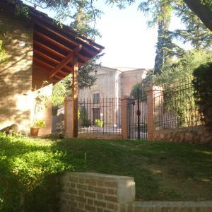 Hotel Pictures: Leyenda Posada, Capilla del Monte
