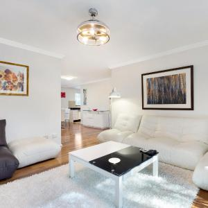 Hotellbilder: Castle Hill Modern Two Bedroom Apartment (34MER), Castle Hill