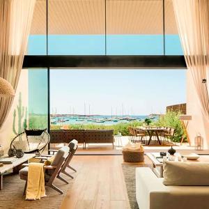 Hotel Pictures: Villa Upon the Strand, Colonia de Campos