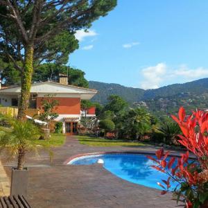 Hotel Pictures: Racó de Pau, Cabrils
