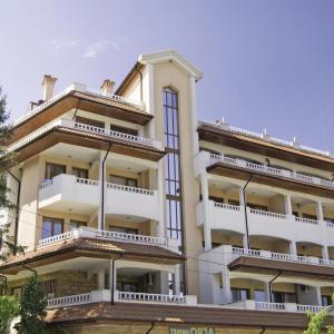 酒店图片: Two-Bedroom Apartment in Byala, Byala