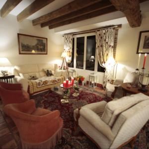 Hotel Pictures: Derby Country, Neuvy-sur-Barangeon