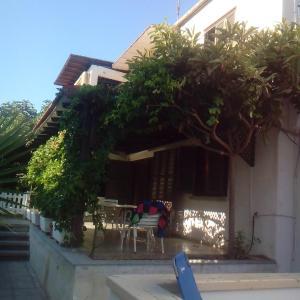 Hotel Pictures: Sandy Beach 3, Dhekelia Cantonment