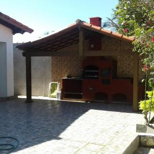 Hotel Pictures: Cleudes Maria, Guarapari
