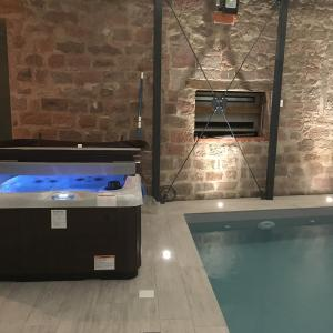 Hotel Pictures: SAVERNE GUEST HOUSE & SPA, Saverne