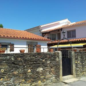 Hotel Pictures: Hostal Asensio, Goyán