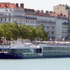 Hotelbilleder: Fairtours Hotelschiff Leonora****, Neuss