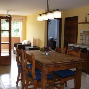 Hotel Pictures: Casa Abel, en Tazacorte, Tazacorte