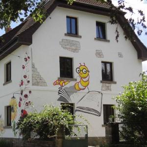 Hotel Pictures: Buchhaus Vier, Kirchenlamitz