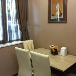 Φωτογραφίες: Apartment Lado Asatiani 30, Τιφλίδα