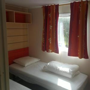 Hotel Pictures: Domaine Du Lac, Saint-Gérons