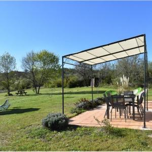 Hotel Pictures: Holiday home Cavirande, Cabrerets