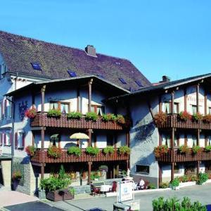 Hotelbilleder: Adler Post, Lenzkirch
