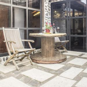 Hotel Pictures: Canary Home, Caleta de Interián