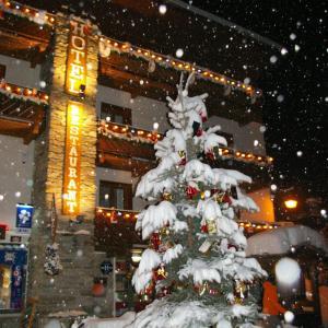 Hotel Pictures: Hôtel du Glacier des Evettes, Bonneval-sur-Arc