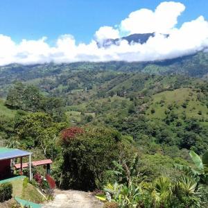 Hotel Pictures: Vista Castillo, Turrialba