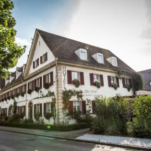 Hotel Pictures: Landhotel Alte Post, Müllheim