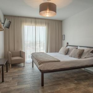Hotel Pictures: Hôtel Le Monestié - Béziers, Boujan-sur-Libron