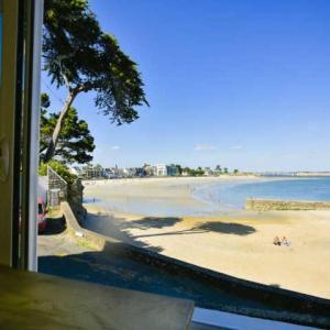Hotel Pictures: Apartment Larmor plage - 6 pers, 110 m2, 5/2, Larmor-Plage