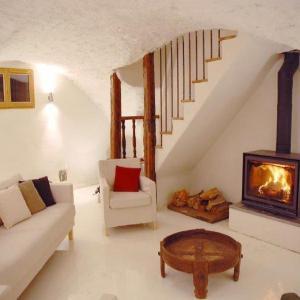 Hotel Pictures: Apartment Bien individuel, Les Guibertes