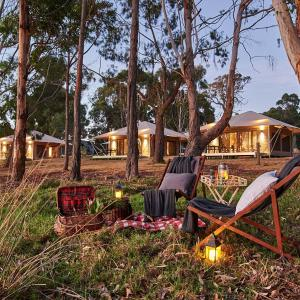Hotel Pictures: Olio Bello Lakeside Glamping, Cowaramup