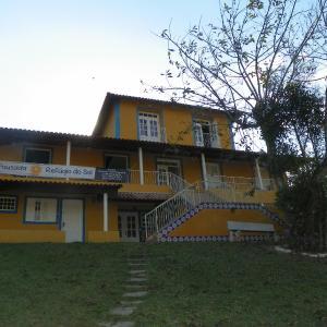 Hotel Pictures: Refugio do Sol, Pinheirinhos