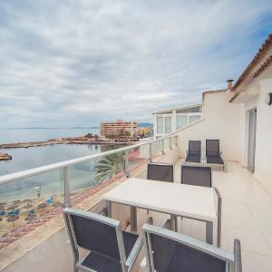 Hotel Pictures: Apartamentos Embat, Can Pastilla