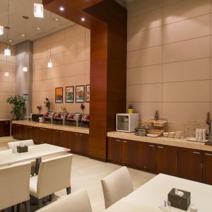 Hotel Pictures: Jinjiang Inn Style Xinyang Dongfanghong Avenue Culture Center, Xinyang