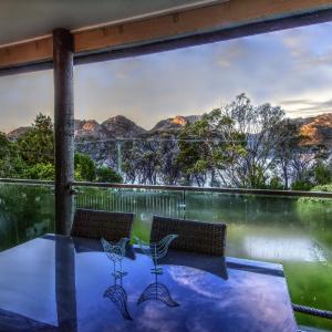 Фотографии отеля: Cove Beach Apartment 2, Coles Bay