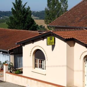 Hotel Pictures: Logis des Crêtes de Pignols, Moissac