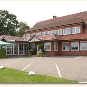 Hotel Pictures: Land-gut-Hotel Restaurant Kreuz Meyer, Stuhr