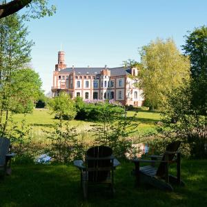 Hotel Pictures: Hotel Schloss Gamehl, Wismar