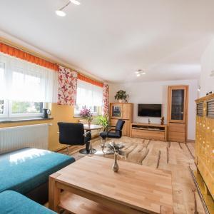 Hotel Pictures: Ferienhaus Stark, Landstreit