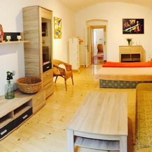 Hotel Pictures: Apartmán na Vysočině, Přibyslav