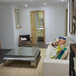 Hotel Pictures: Exclusivo Delicias, Zaragoza